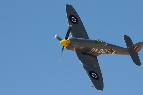 Dennis Sanders takes Argonaut Hawker Seafury around pylon #6