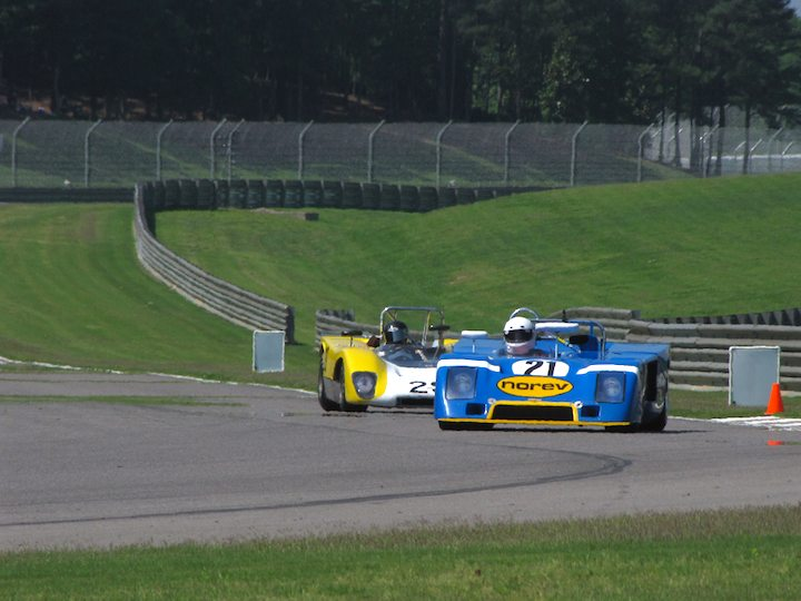 Chevron B23 - Nick Incantalupo and Lola T212 - Jeffrey Anderson