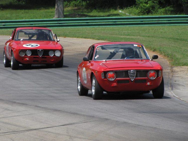 Alfa Romeo Sprint GT of Gary Kuntz leads Alfa Romeo GTV of John Won