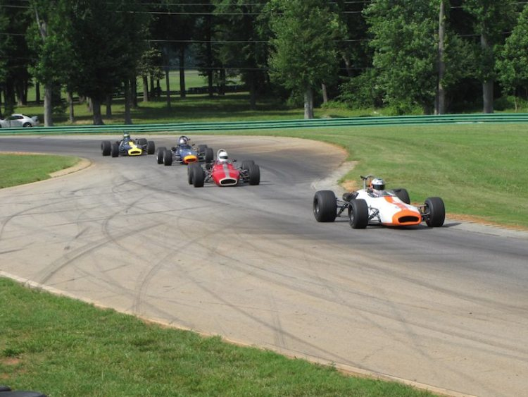 Brabham BT29 of Dave Handy leads Group Two