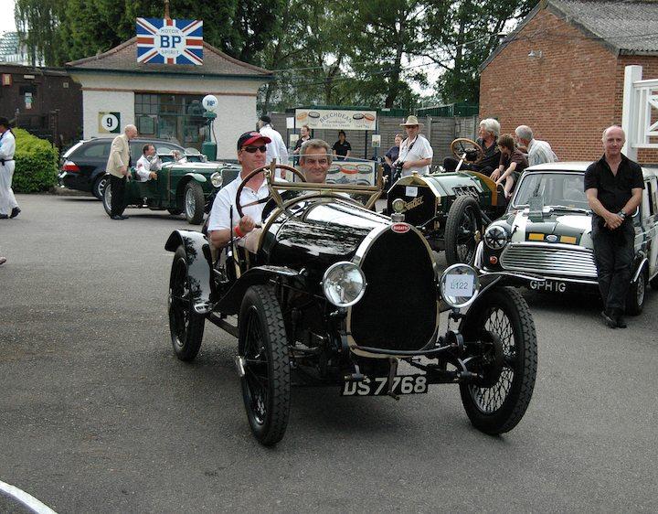 edmund-burgess-in-1924-bugatti-brescia-type-12-dog-car-body