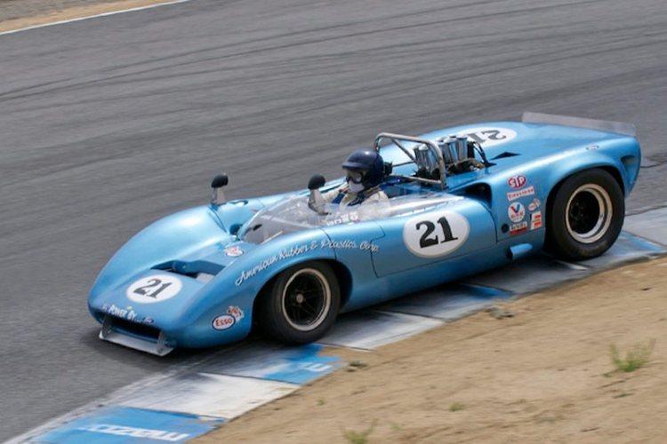 Lola T70 Spyder driven by Nick Colonna.