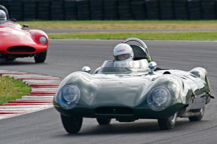 Jacqulyn Mincheff in her Lotus Eleven 1460cc.