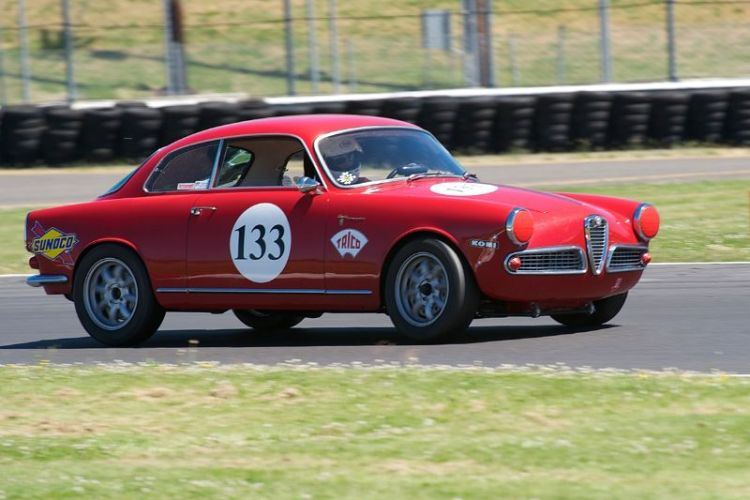 Quick 1960 Alfa Romeo Sprint driven by Bernard Basil.