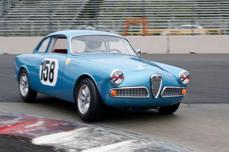 1600cc Alfa Romeo Giulietta Sprint driven by Daniel Higgins.