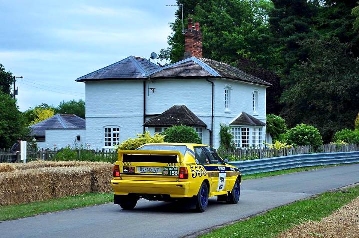 audi-quattro-a2-1984-tony-walker-aproaching-the-cottage