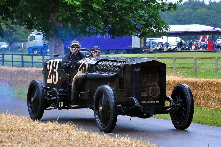 brutus-bmw-aero-47-litre-1917-driven-by-joerg-holzwarth-and-manfred-fink