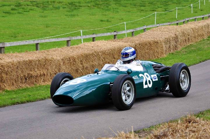 vanwall-vw14-1961-kevin-wheatcroft-only-rear-engined-vanwall