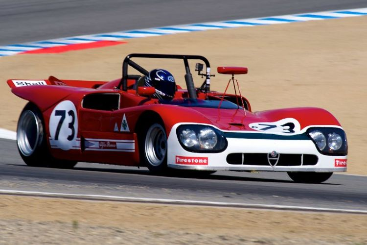 Joe Nastaci's 1971 Alfa Romeo T33/3 in turn five.