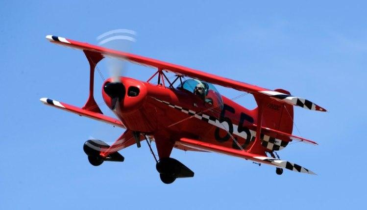 Biplane. Pitts. Aaron Burhoe.