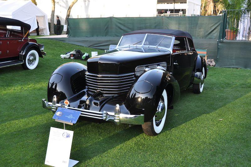 1936 Cord 810 - Bob Vandewoestine