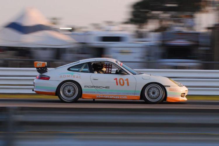 Warren Cooper, '01 911 GT3.