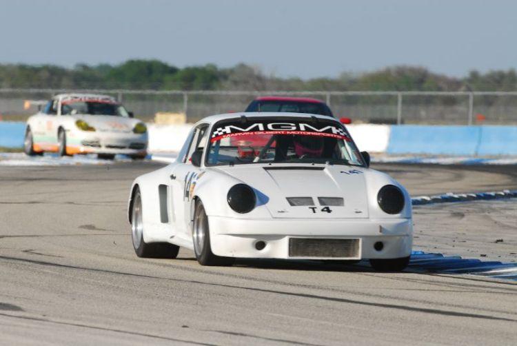 Denise Stubbs Porsche 911 RSR.