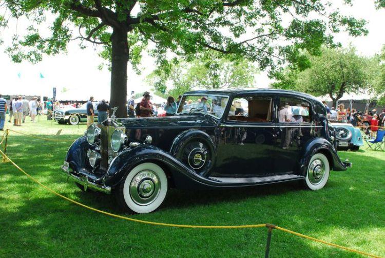 1939 Rolls-Royce Wraith. William King