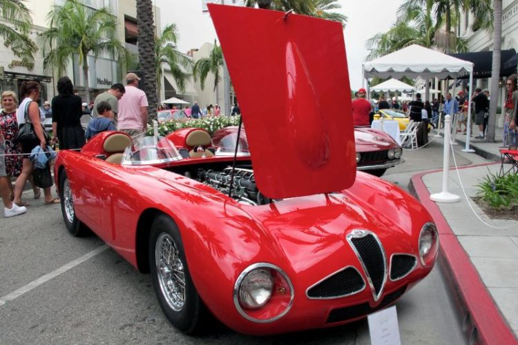 One jaw-dropping gawk is never enough with this car, so here's another view of the 1964 Alfa Romeo owned by Al Corts.