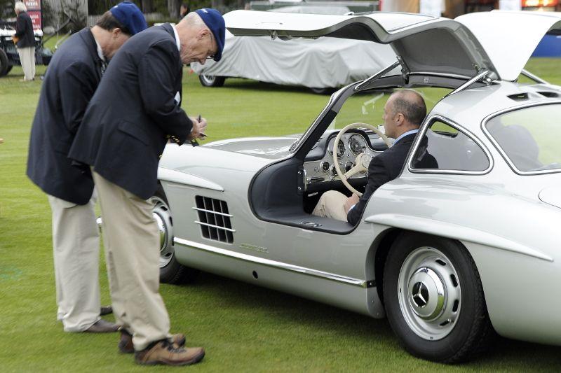 Parking the Mercedes-Benz 300SL Gullwing
