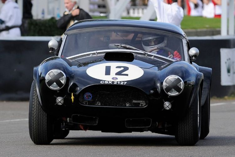 1963 AC Cobra - Anthony Reid and Ludovic Caron
