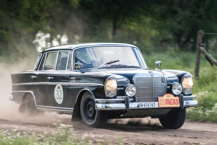 Car 32 Hermann Frye-Hammelmann(D) / Gisela Hammelmann(D)1963 - Mercedes Benz 300SE, Rally of the Incas 2016
