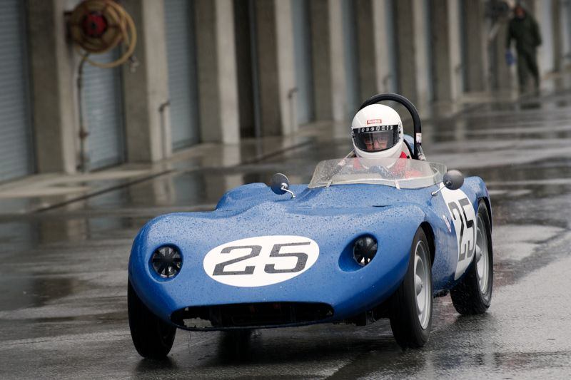 Henry Morrison in the Renault-powered Bunce Buck