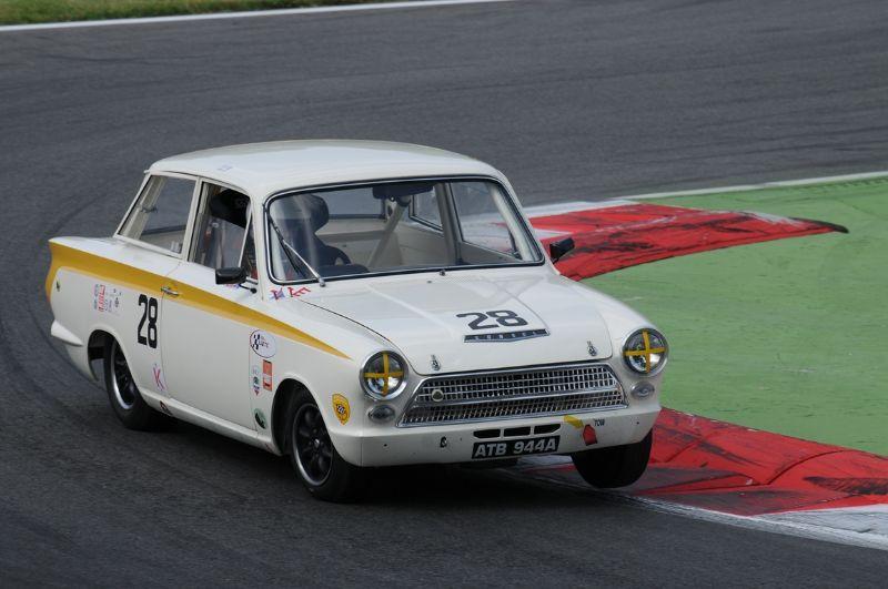 72-ford-cortina