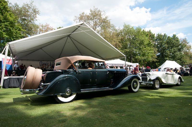 Best of Show Winners - 1933 Chrysler Imperial Dual Cowl Phaeton and 1933 Delage D8S De Villars Roadster