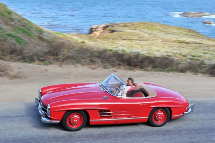 Mercedes-Benz 300 SL Roadster driven by Sir Stirling Moss