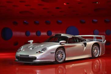 1998 Porsche 911 GT1 Strassenversion (photo: Mathieu Heurtault)