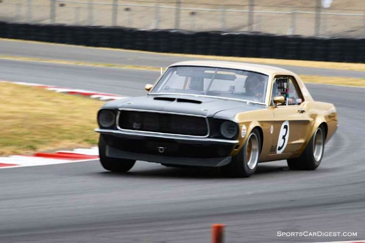 Ken Sutherland's 1968 Ford Mustang 427 at Portland Historic Races 2015