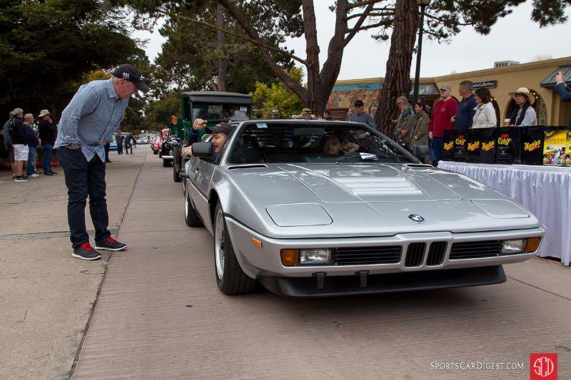 Jeff Zwart talks with passenger - 1981 BMW M1