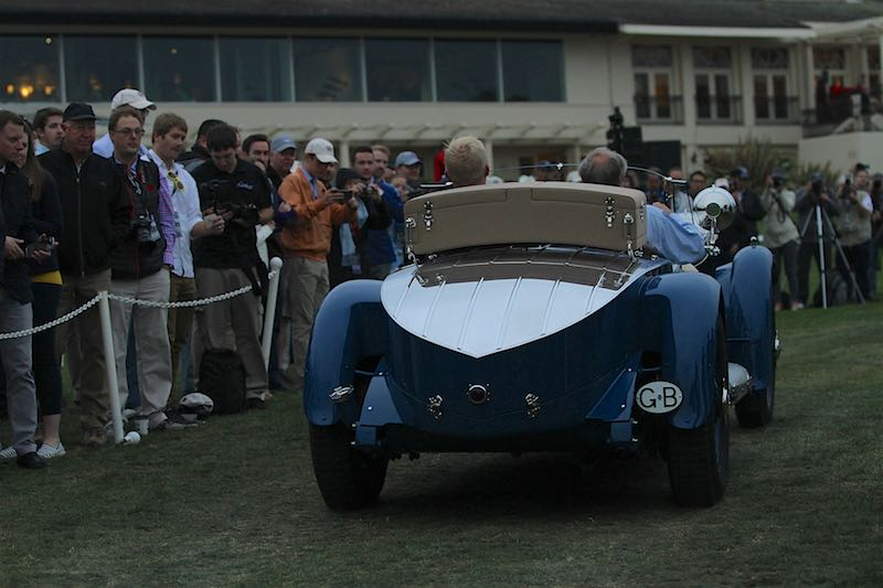Start of a big day for the 1929 Mercedes-Benz S Barker Tourer, Best of Show Winner (photo: Richard Michael Owen)