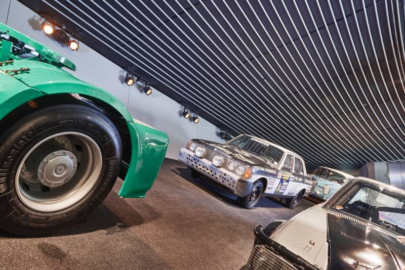 The original winning car from 1977 is on permanent display at the Mercedes-Benz Museum in Stuttgart.