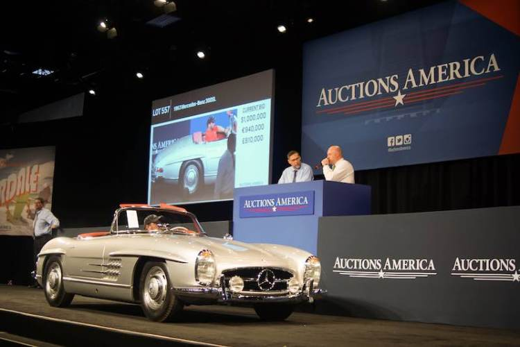1963 Mercedes-Benz 300 SL Roadster crosses the Fort Lauderdale auction block (photo: Jonathan Lay)