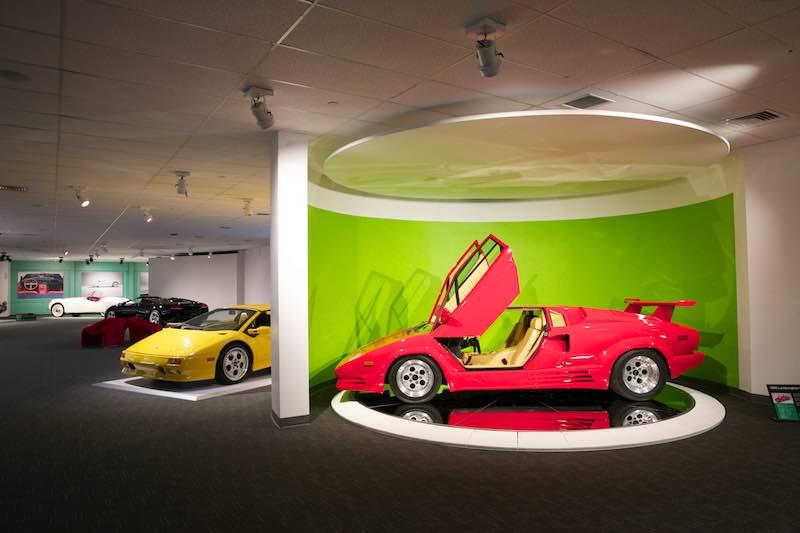 World Car Gallery - Newport Car Museum