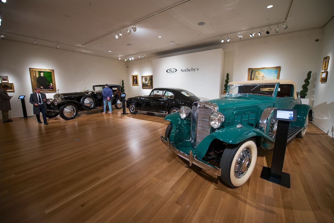 1932 Marmon Sixteen Convertible Coupe by LeBaron