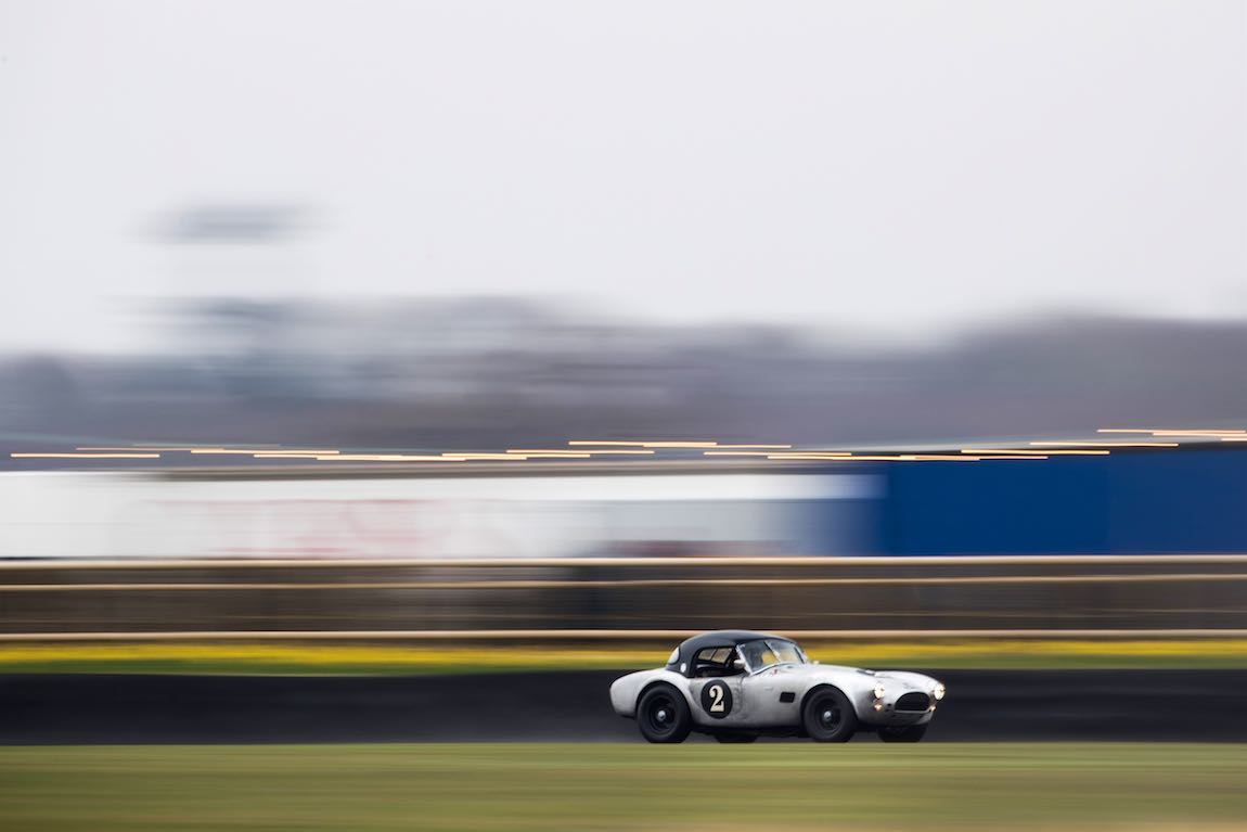 AC Cobra 289 - Photo: Nick Dungan