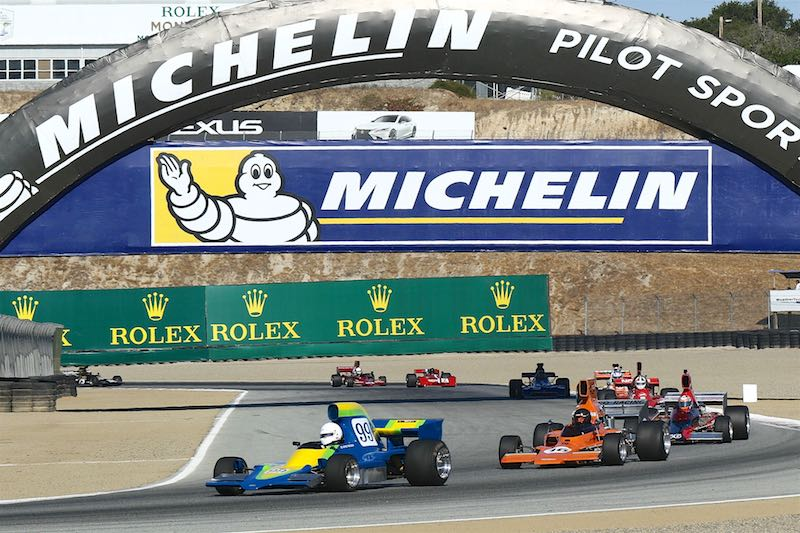 Michael Collins (McRae GM1) on his way to his first race win over Australian driver Paul Zazryn (Lola T332).