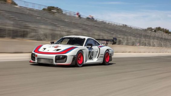 New Porsche 935
