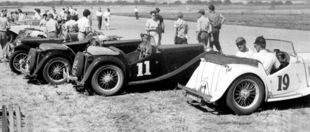 The Northern California MG Club fielded the first West Coast race at Buchanan Field in Concord, California