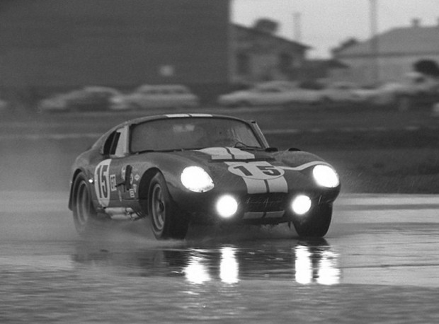 Shelby Daytona Cobra Coupe - Bondurant and Schlesser