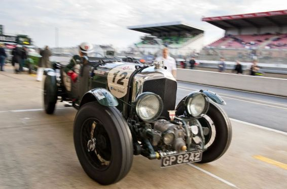 Blower Bentley leaving the pits