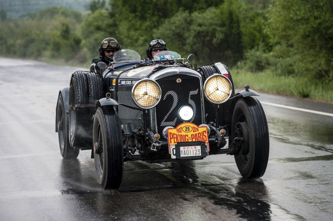Car 25. Daniel Schoch(AUS) / Robert Schoch(AUS)1936 - Bentley Sport Special4257, Peking to Paris 2016., Peking to Paris 2016. Day 02. Datong - Erenhot