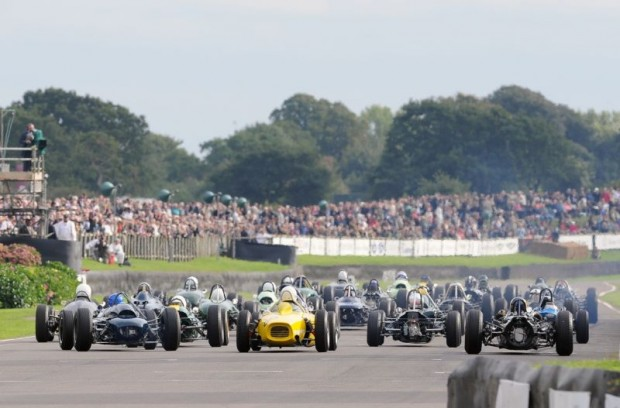 Start of Glover Trophy at Goodwood Revival 2010