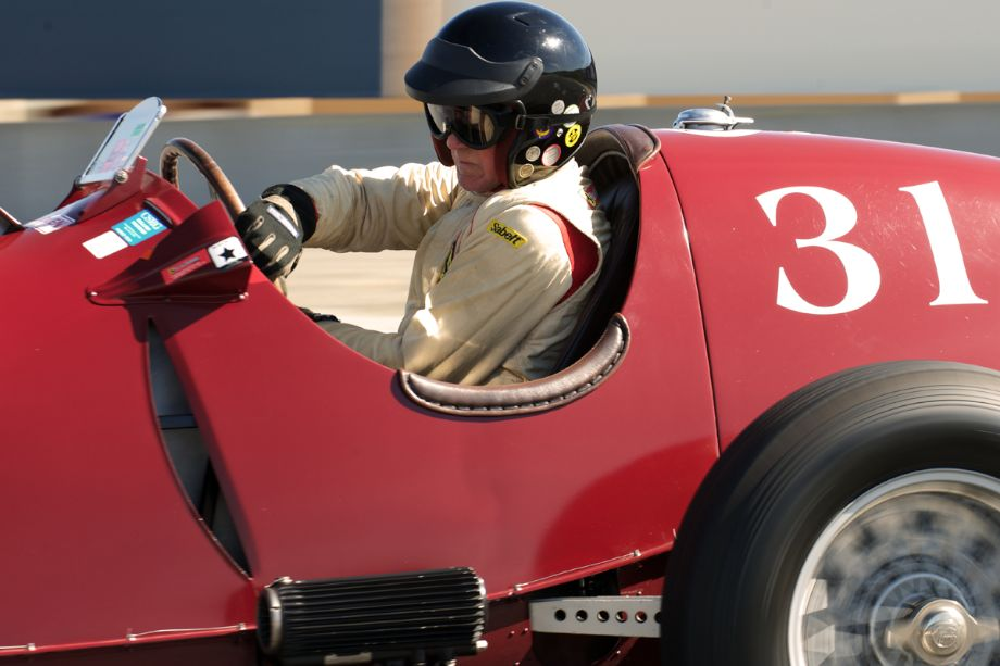A study in concentration. Peter Giddings in his 1935 Alfa Romeo Tipo C 8C-35 in turn eleven. (photo: Dennis Gray)