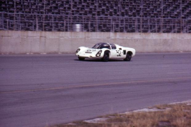 Porsche 910 Hans Herrmann Jo Siffert Daytona 24 Hours 1967