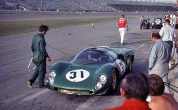 Ferrari 365 P2/3 David Piper Richie Atwood