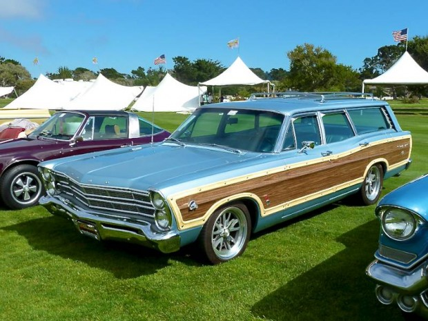 1967 Ford Country Squire Station Wagon