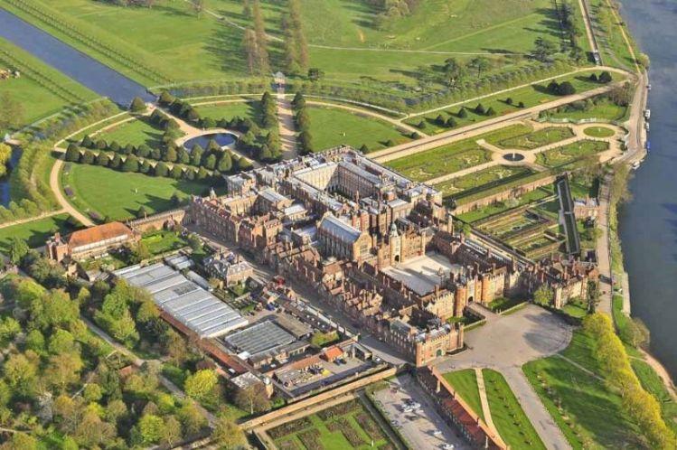 Hampton Court Palace Concours Aerial