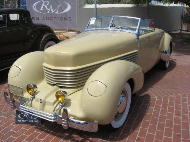 1937 Cord 812 Convertible Coupe 'Sportsman'