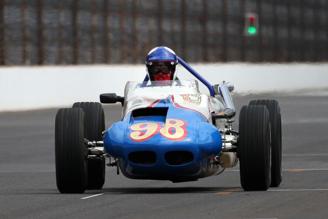 Robert Dicks in the 63 Watson Tribute Car. Note the scarf covering his mouth.