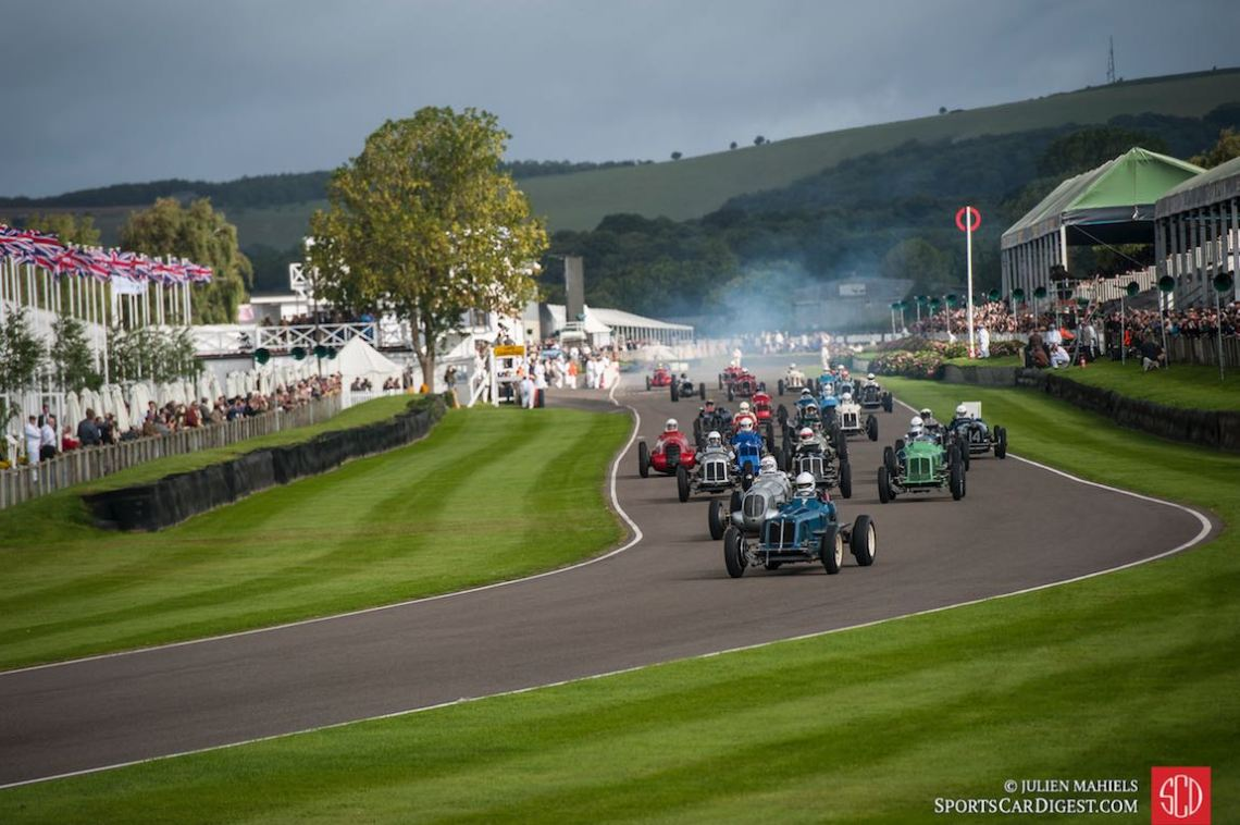 Start of the Goodwood Trophy